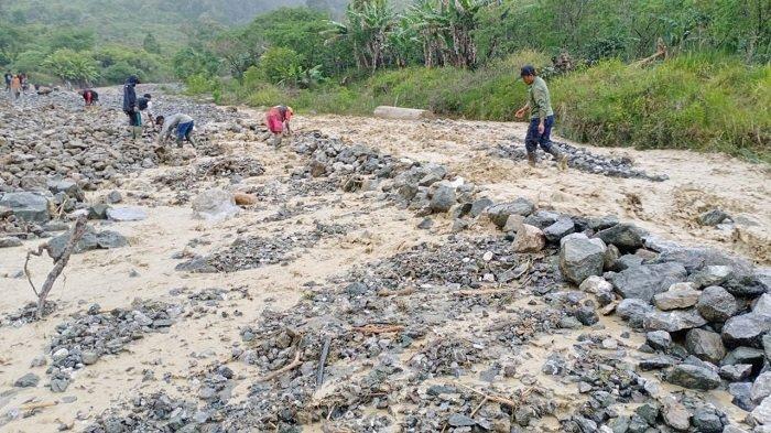 Tanggul di Kampung Paya Dedep Jagong Jeget Jebol