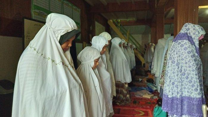 Sholat Dhuha Menghapus Dosa dan Tarik Rezeki, Ini 6 Keutamaan Sholat Dhuha dan Niatnya