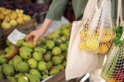 Pemko Banda Aceh Ajak Warga Pakai Tas Belanja Ramah Lingkungan
