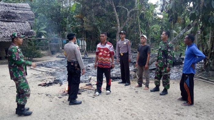 Ditinggal Sebentar, Rumah Seorang Warga di Langkahan Terbakar