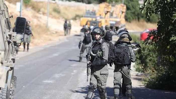 Tentara Israel Hujani Tembakan pada Mobil Warga Palestina, Suami Meninggal, Istri Kritis