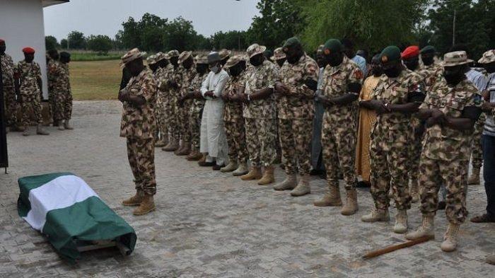 ISIS Sergap Konvoi Tentara Nigeria, 18 Orang Tewas.