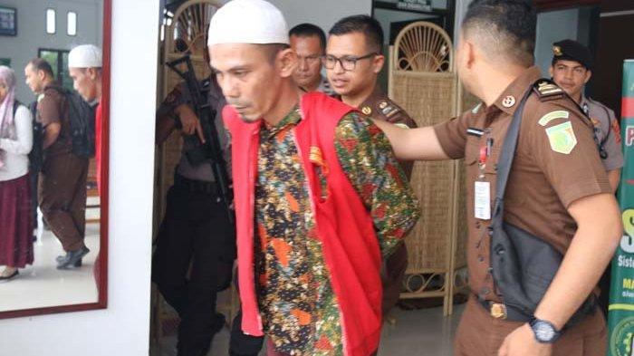 Aidil Potong Urat Nadi Istri, Sidang Pembunuhan di Ulee Madon