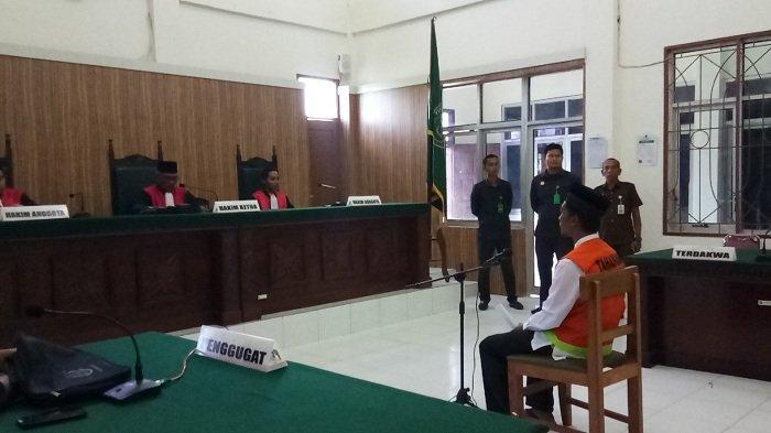 Terdakwa Pembunuh Sopir Travel di Aceh Singkil Sampaikan Pembelaan dengan Tulisan Tangan