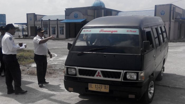 Angkutan Umum L 300 Mulai Diwajibkan Masuk Terminal Terpadu Bireuen Serambi Indonesia