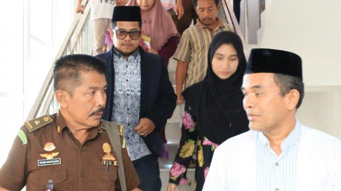 Diduga Korup, 2 Pejabat Ditahan