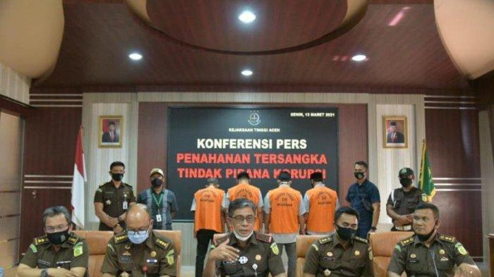 Kejati Aceh Tahan 4 Tersangka Korupsi Proyek Jalan Muara Situlen Aceh Tenggara, Begini Modus Mereka