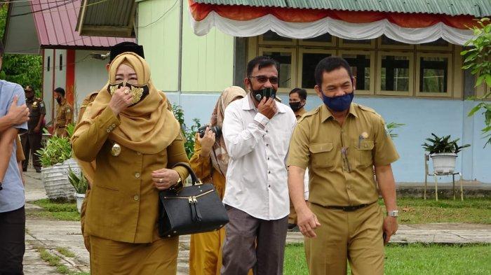 Wakil Bupati dan Sekda Simeulue Tinjau Pelaksanaan Tes Calon PPPK, Pastikan Sesuai Protkes