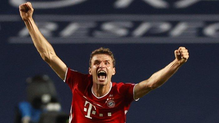 FOTO - Selebrasi Bayern Muenchen Juara Liga Champions Musim 2019-2020 - thomas-mueller-merayakan-kemenangan.jpg