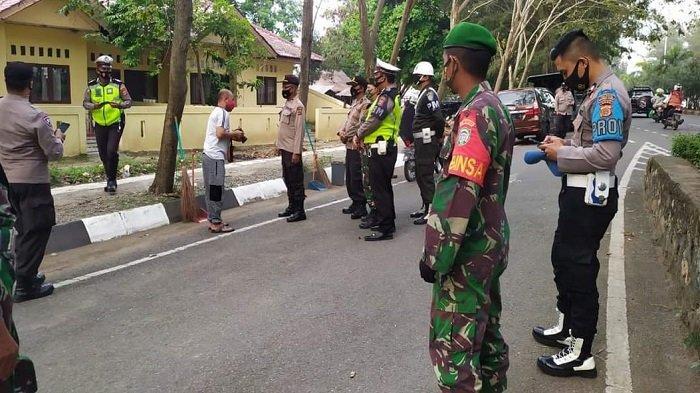 TNI-Polri Razia Protokol Kesehatan Covid-19 di Ulee Lheue