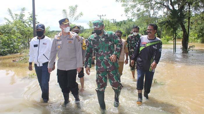 Personil Kodim Aceh Jaya Disiagakan Untuk Bantu Korban Banjir dan Bencana