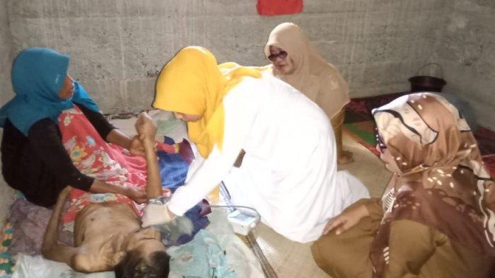 Nurdin, Warga Aceh Barat yang Sudah 4 Tahun Lumpuh dan Hanya Bisa Terbaring di Rumah