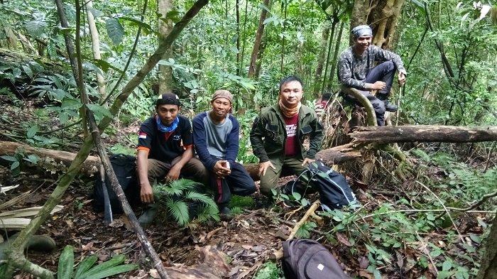 Puncak Tiusa di Pulau Banyak Barat, Spot Jungle Trekking di Batas Samudra Hindia