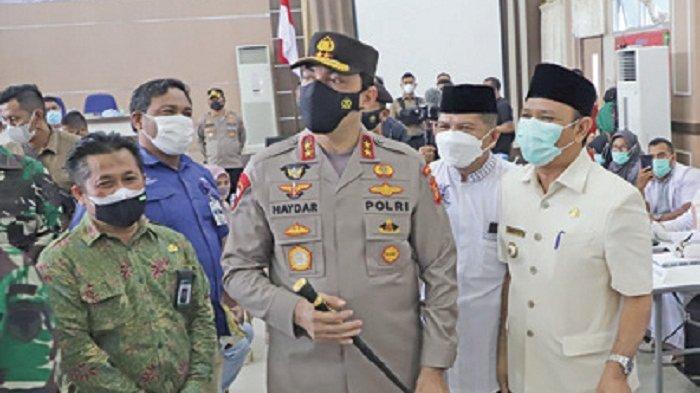 Bupati Aceh Besar, Kapolda dan Pangdam IM Tinjau Vaksinasi Massal di LPMP