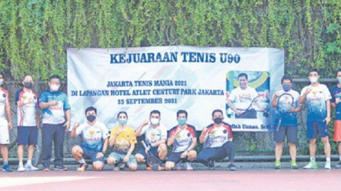 Aminullah/Budi Juara Tenis U-90 di Jakarta