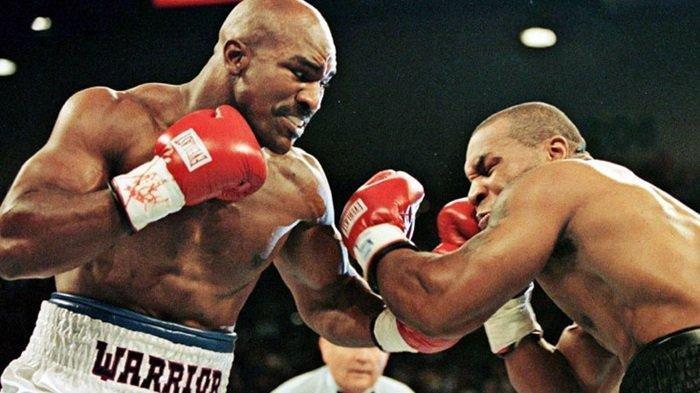 Bangkit dari Pensiun, Evander Holyfield Tantang Mike Tyson Naik Ring Lagi