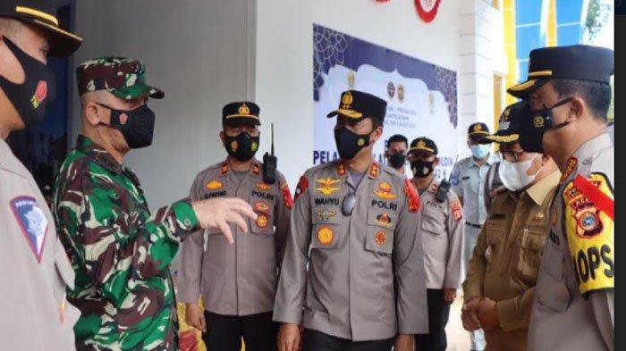 Kapolda Aceh Bersama Pangdam IM Kunjungi Pos Pam di Pelabuhan Ulee Lheue dan Terminal Batoh