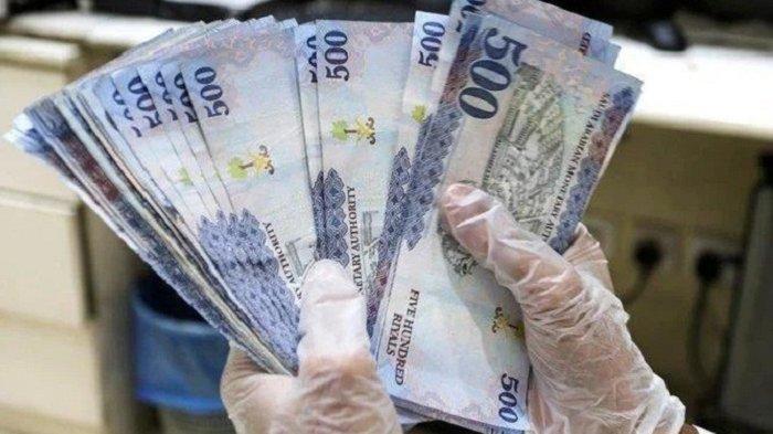 Pemuda Arab Saudi Mulai Tinggalkan Uang Tunai