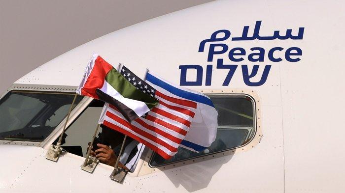 FOTO - Momen Bersejarah, El Al Pesawat Israel Pertama yang Mendarat di Abu Dhabi - uea-8.jpg