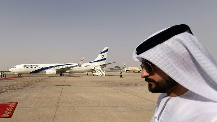 FOTO - Momen Bersejarah, El Al Pesawat Israel Pertama yang Mendarat di Abu Dhabi - uea-9.jpg
