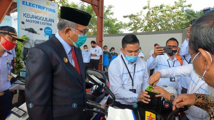FOTO - Gubernur Nova Uji Coba Bus Listrik Pertama di Aceh, Hari Diuji Keliling Kota Banda Aceh - uji-coba-bus-listrik-61.jpg