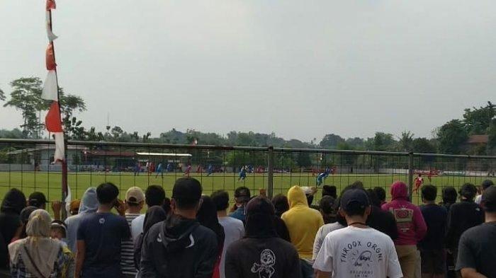 Penonton Membludak Jadi Sorotan, Bhayangkara FC Kalahkan Persija di Laga Uji Coba
