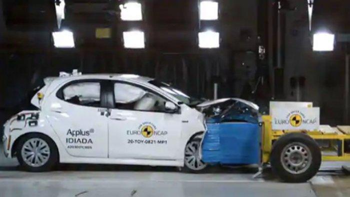Toyota Yaris Uji Tabrak, Raih Bintang 5 Euro NCAP
