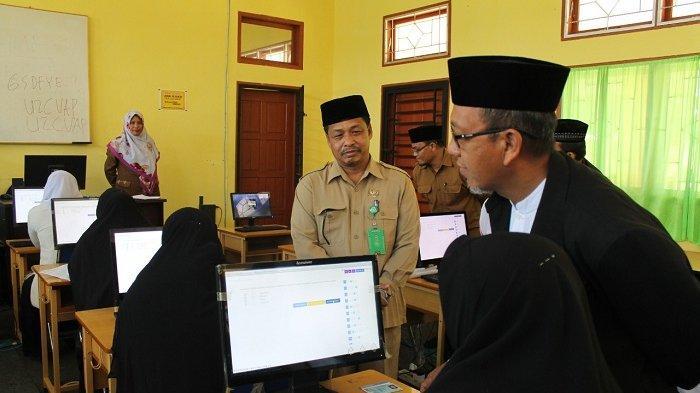 Guru Madrasah se-Aceh Ikut Ujian PPG, Ini 26 Tempat Ujian Komputer