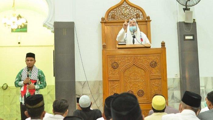 Syech Nashif Nashir Ajak Jamaah Tarawih di Aceh Doakan Palestina