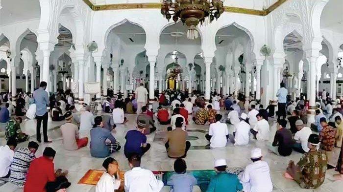 Masjid Raya Baiturrahman dan Sejumlah Masjid Lain Tetap Gelar Jumat Besok, Ini Daftar Khatib & Imam