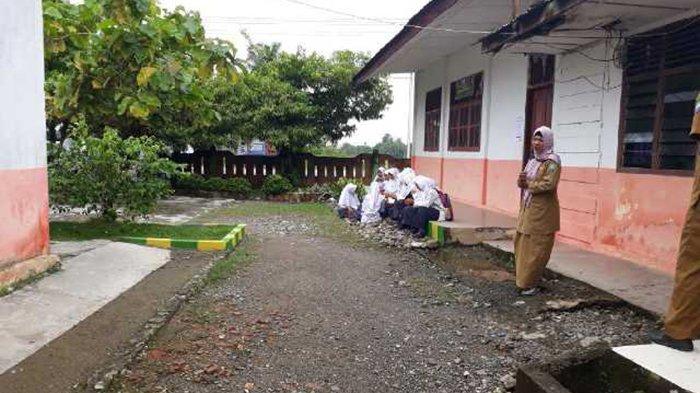 Terkendala Jaringan Internet, UNBK di SMP 1 Kuala Batee Baru Dimulai Pukul 09.45 WIB