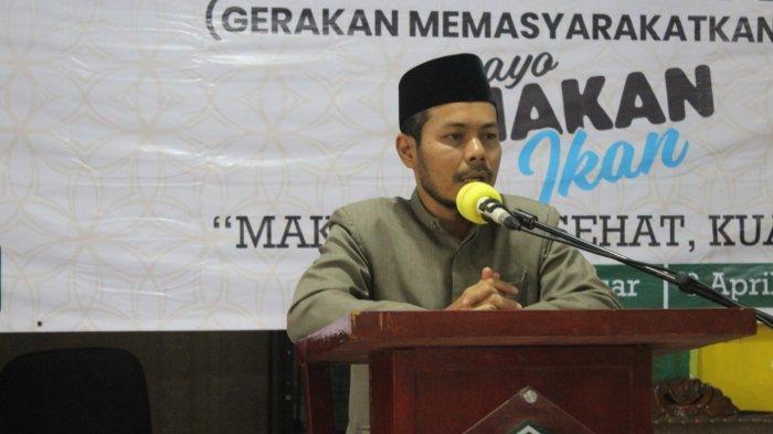 Pimpinan Ponpes Babul Magfirah Tgk Masrul Aidi: Untuk Generasi Aceh Cerdas Ayo Makan Ikan