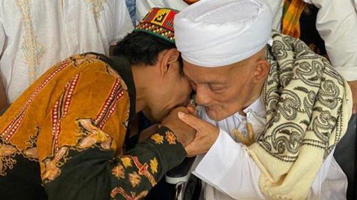 Ustadz Abdul Somad Kenang Pertemuan dengan Habib Muhammad, Terkesan dengan Wajahnya yang Teduh