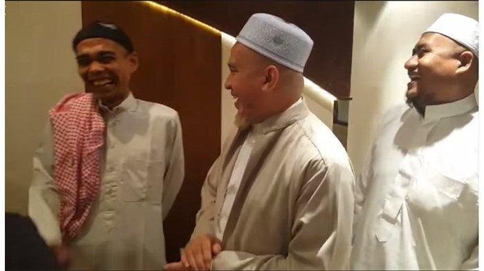 Dengar Candaan Ulama Asal Makkah, Ustaz Abdul Somad Dibikin Tertawa, Ini Yang Mereka Bahas