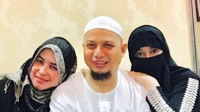 Ini Rahasia Poligami Harmonis Ustaz Arifin Ilham