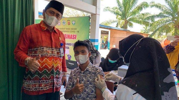 Ratusan Siswa Madrasah Ikut Vaksinasi di Aceh Barat