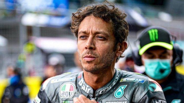 Valentino Rossi Dapat Kado Istimewa saat Pensiun, Bukan Uang atau Penghargaan Tapi Sosok Ini