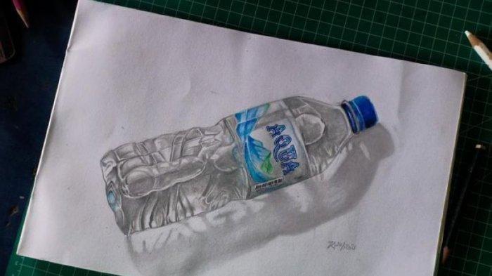 Selain Melukis Botol Air Mineral, Ini  Potret Produk Lain yang Digambar Tampak Seperti Asli