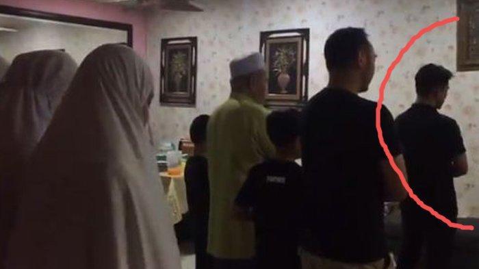Viral, Pemuda ini Mendadak jadi Imam Shalat, Calon Mertuanya jadi Makmum