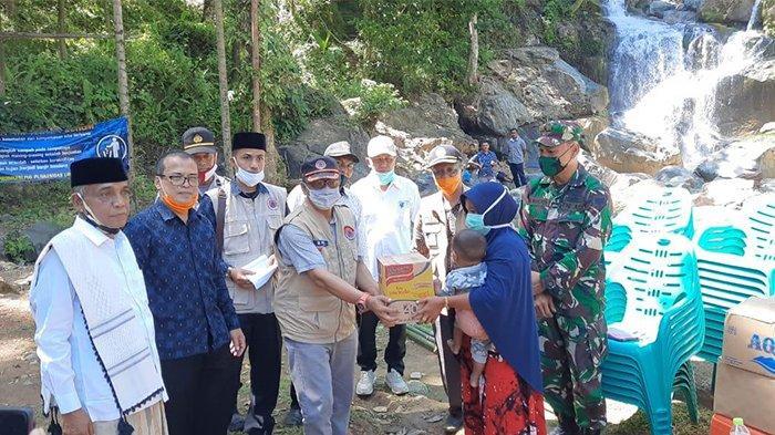 Pemkab Aceh Besar dan BPBA Pulihkan Ekonomi Korban Bencana di Lhoong