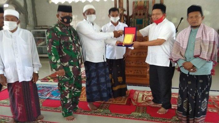 Tercepat Cairkan Dana Desa, Desa Alue Udep Terima Penghargaan