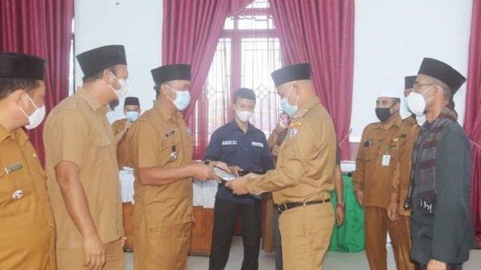 Pemkab Serahkan 60 Sertifikat Arah Kiblat dan Jadwal Shalat Sepanjang Masa ke Masjid di Bener Meriah