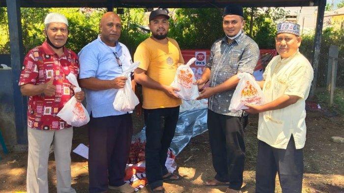 Legislatif PKS Aceh Besar dan DPRA Sembelih 10 Ekor Sapi dan 17 Ekor Kambing