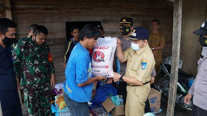 Korban Kebakaran Terima Bantuan Material dan Sembako dari Pemko Langsa