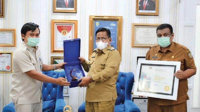 Banda Aceh Terima BKN Award 2021, Wali Kota Ajak Jajaran Mensyukuri dan Terus Berprestasi
