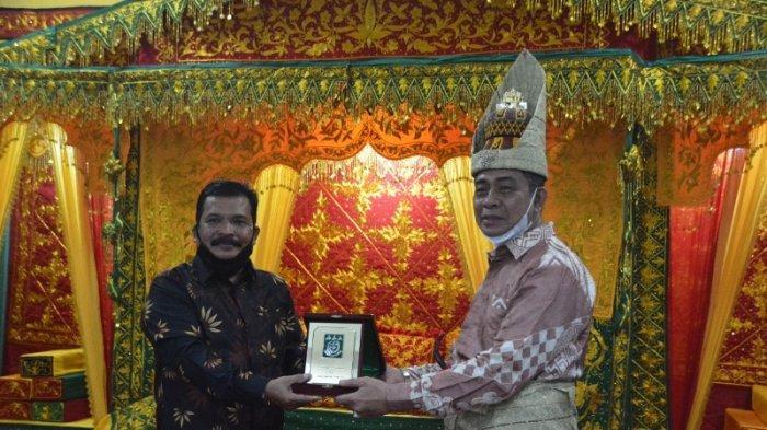 Saat Terima Kunjungan di Pendopo Wali Kota, Toke Seum Sampaikan Ini,Begini Tanggapan Kajati Aceh