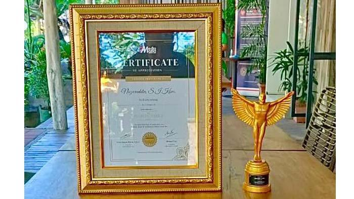 WaliKota Sabang Terima Penghargaan Best Figure Excellence 2021
