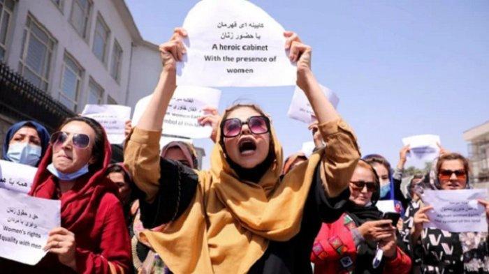 Taliban Perintahkan Pegawai Perempuan Tetap di Rumah, Kecuali Pekerjaan Khusus Wanita