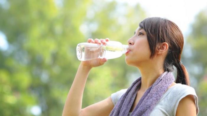 Jarang Diketahui, Ini yang Terjadi Pada Tubuh Jika Minum Air Dingin Setelah Berolahraga