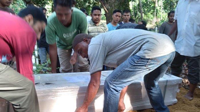 Jenazah Nawan Meninggal di Malaysia Dikebumikan di Manggeng Abdya, Suasana Haru Sangat Mendalam